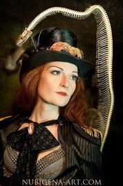 zylinder hut, gehrock, damenfrack, gehrock bräutigam, steampunk hochzeit, steampunk hochzeitskleid, steampunk hochzeitsanzug, bespoke, hochzeitskleid, brautkleid, korsett, corset, gothic, steampunk, bespokebride, korsett maßgeschneidert, brautkleid maßges